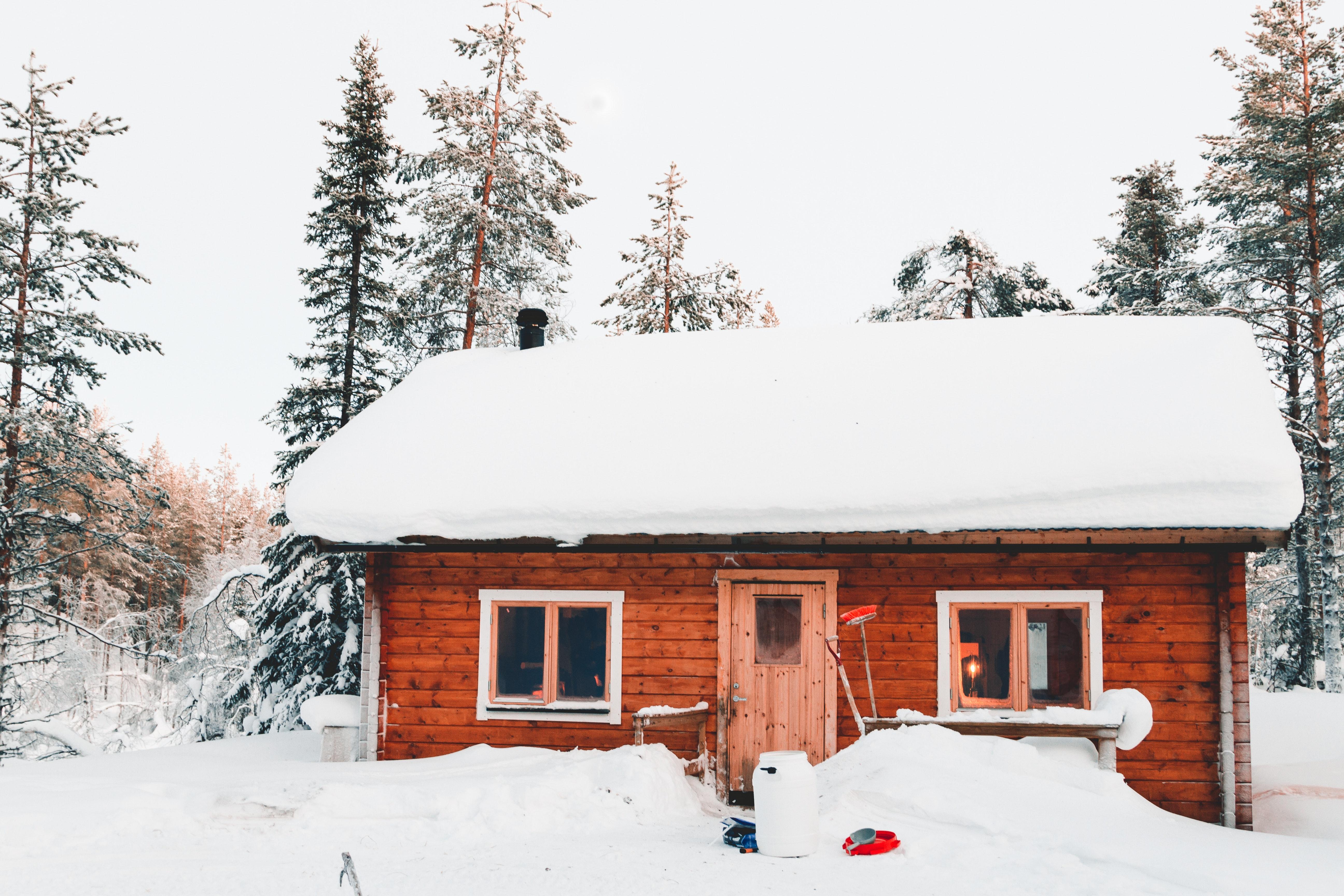 Bahn-Larsen - Stiga sneslynge og Stihl motorsav
