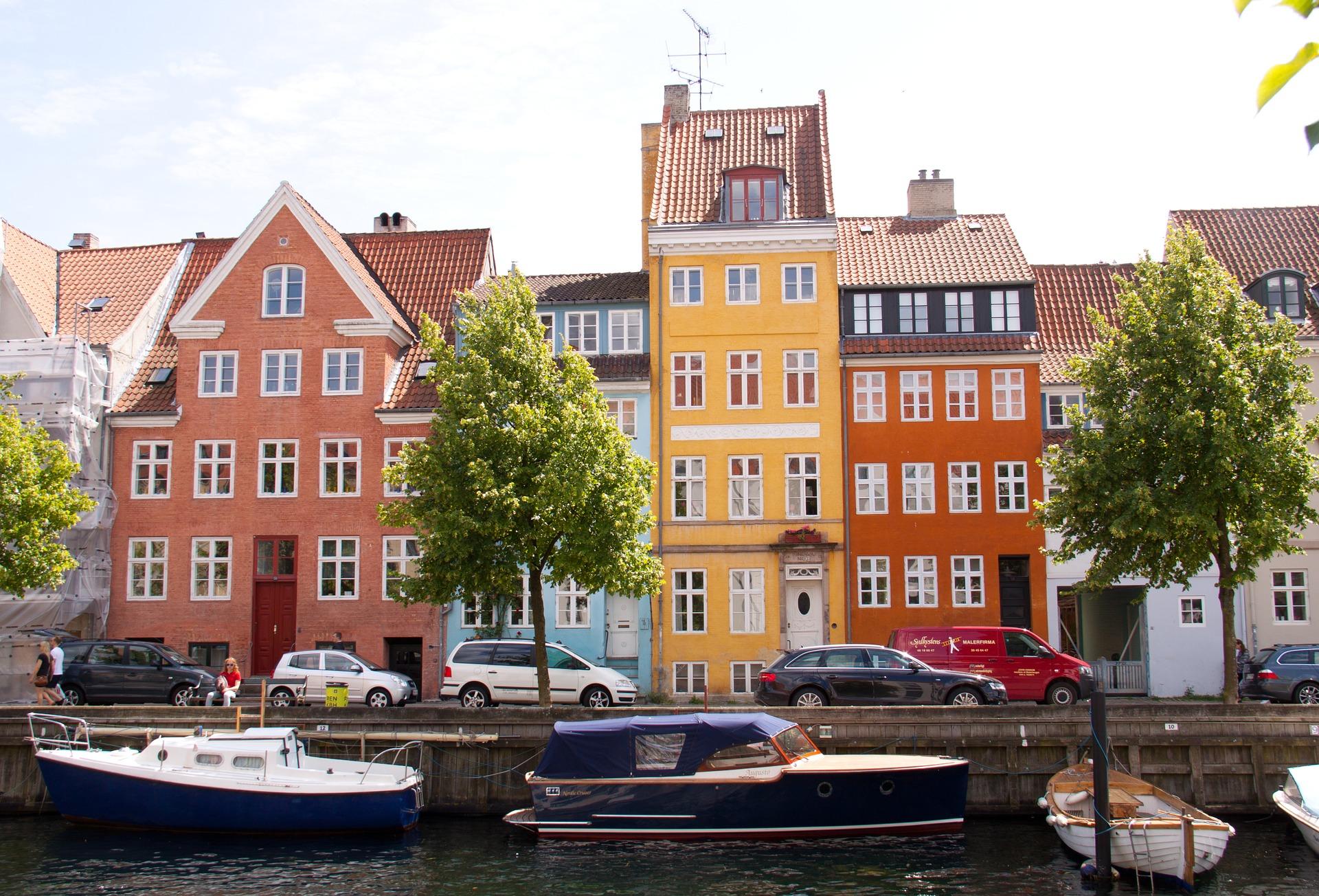 Tagrygninger og tagplader i stål - Besøg Nettotag.dk