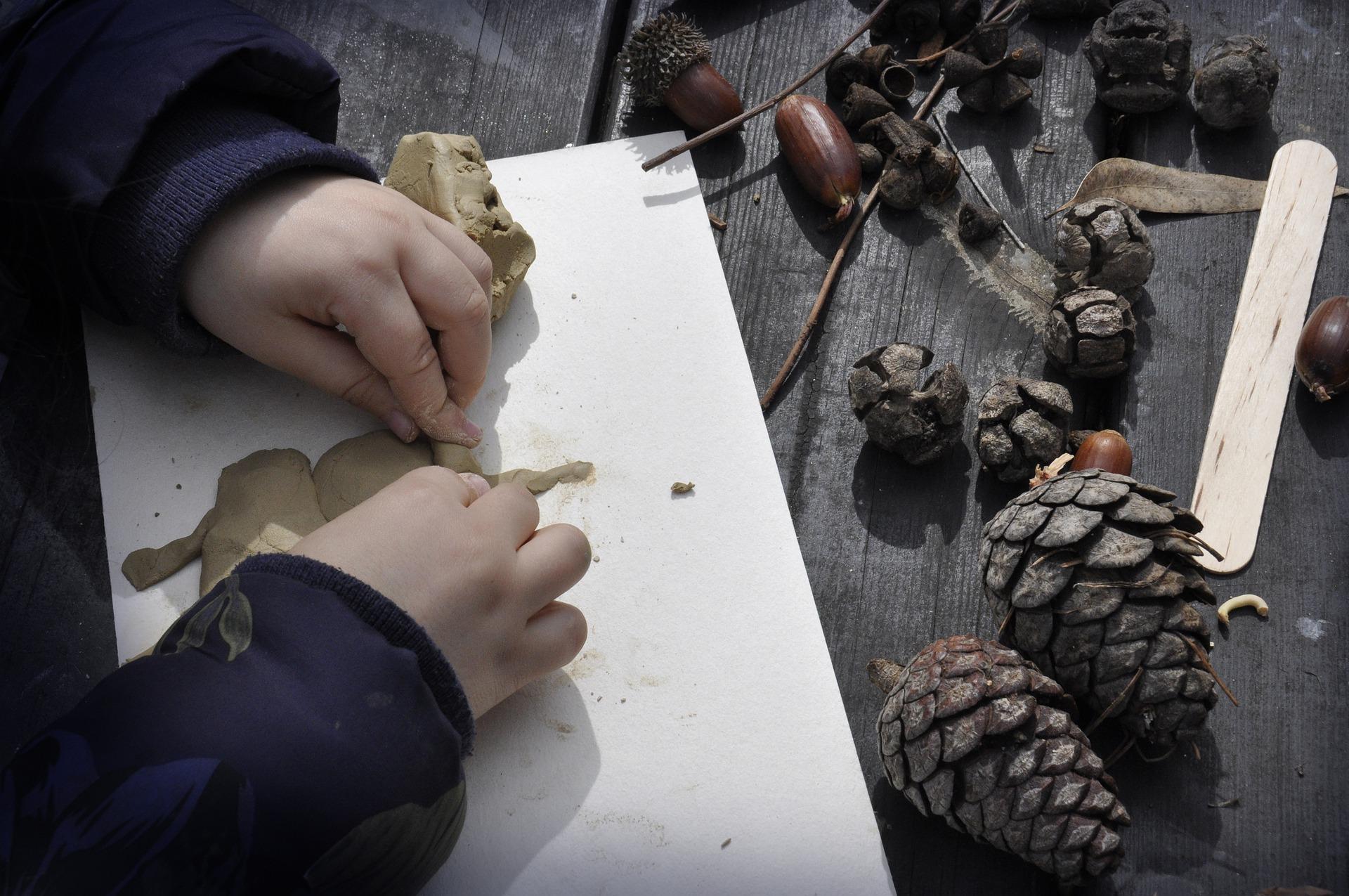 Foam Clay og andre kreative produkter til at dyrke din hobby