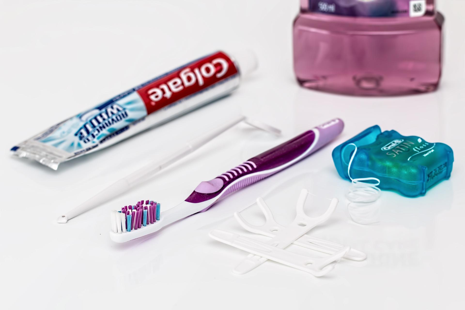 Tandsmykker hos Tandklinikken i Sundhedshuset - ledende tandlæge i Randers